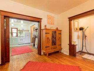 Photo 4: 1023 Mclean Street in Vancouver: Grandview Woodland House for sale (Vancouver East)