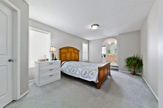 Photo 17: 223 Cougarstone Circle SW in Calgary: Cougar Ridge Detached for sale : MLS®# A1043883
