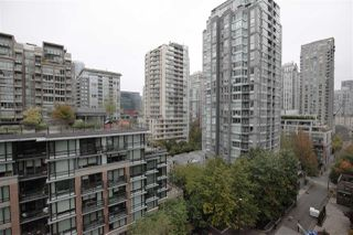 "Photo 16: 1106 1055 HOMER Street in Vancouver: Yaletown Condo for sale in ""DOMUS"" (Vancouver West)  : MLS®# R2518319"