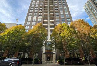 "Photo 1: 1106 1055 HOMER Street in Vancouver: Yaletown Condo for sale in ""DOMUS"" (Vancouver West)  : MLS®# R2518319"