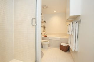 "Photo 11: 1106 1055 HOMER Street in Vancouver: Yaletown Condo for sale in ""DOMUS"" (Vancouver West)  : MLS®# R2518319"