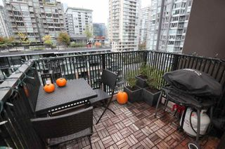 "Photo 15: 1106 1055 HOMER Street in Vancouver: Yaletown Condo for sale in ""DOMUS"" (Vancouver West)  : MLS®# R2518319"