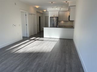 """Photo 10: 113 2436 KELLY Avenue in Port Coquitlam: Central Pt Coquitlam Condo for sale in """"LUMIERE"""" : MLS®# R2528585"""