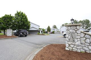 """Photo 3: 11 26970 32ND Avenue in Langley: Aldergrove Langley Townhouse for sale in """"Parkside"""" : MLS®# F1202431"""