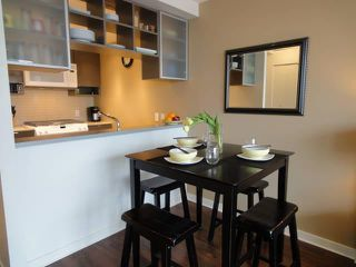 """Photo 3: 803 939 EXPO Boulevard in Vancouver: Yaletown Condo for sale in """"MAX II"""" (Vancouver West)  : MLS®# V948084"""