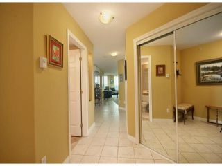 "Photo 2: 1003 33065 MILL LAKE Road in Abbotsford: Central Abbotsford Condo for sale in ""SUMMIT POINT ON THE LAKE"" : MLS®# F1300164"