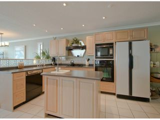 "Photo 4: 15388 COLUMBIA Avenue: White Rock House for sale in ""Hillside"" (South Surrey White Rock)  : MLS®# F1306488"