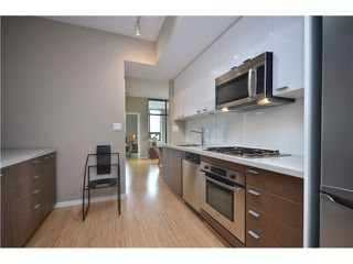 """Photo 3: # 603 531 BEATTY ST in Vancouver: Downtown VW Condo for sale in """"METROLIVING"""" (Vancouver West)  : MLS®# V999631"""