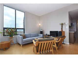"""Photo 6: # 603 531 BEATTY ST in Vancouver: Downtown VW Condo for sale in """"METROLIVING"""" (Vancouver West)  : MLS®# V999631"""
