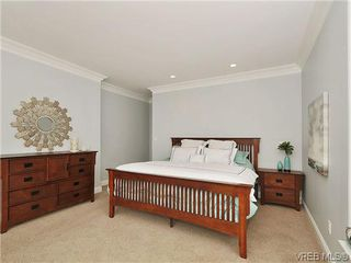 Photo 11: 782 Ironwood Pl in VICTORIA: SE Cordova Bay House for sale (Saanich East)  : MLS®# 640523