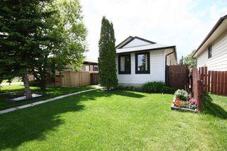 Photo 2: 27 Abalone Way NE in Calgary: Abbeydale House for sale : MLS®# C3572378