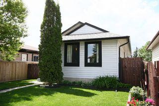 Photo 3: 27 Abalone Way NE in Calgary: Abbeydale House for sale : MLS®# C3572378