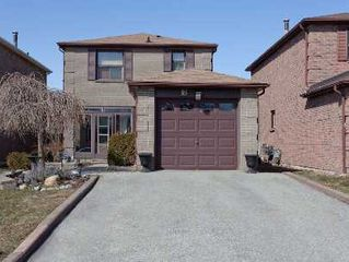 Main Photo: 18 Stockbridge Crescent in Ajax: Freehold for sale