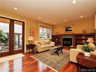 Photo 1: 238 Richmond Avenue in VICTORIA: Vi Fairfield East Residential for sale (Victoria)  : MLS®# 332404