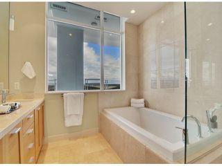 Photo 10: # PH 1 1473 JOHNSTON RD: White Rock Condo for sale (South Surrey White Rock)  : MLS®# F1403627