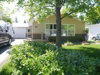 Photo 1: 37 Waterford Bay in Winnipeg: Fort Garry / Whyte Ridge / St Norbert Single Family Detached for sale (South Winnipeg)  : MLS®# 1409090