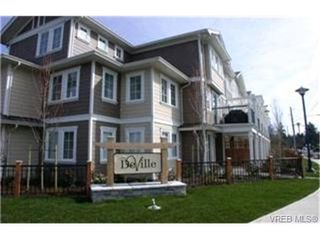 Photo 1:  in VICTORIA: La Langford Proper Row/Townhouse for sale (Langford)  : MLS®# 420103