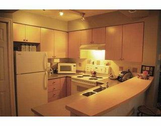 "Photo 5: 704 680 CLARKSON ST in New Westminster: Downtown NW Condo for sale in ""The Clarkson"" : MLS®# V603874"