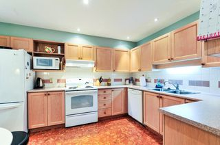 Photo 2: # 402 6737 STATION HILL CT in Burnaby: South Slope Condo for sale (Burnaby South)  : MLS®# V1109319