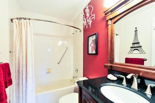 Photo 14: # 402 6737 STATION HILL CT in Burnaby: South Slope Condo for sale (Burnaby South)  : MLS®# V1109319