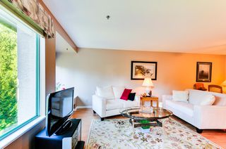 Photo 7: # 402 6737 STATION HILL CT in Burnaby: South Slope Condo for sale (Burnaby South)  : MLS®# V1109319