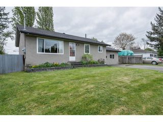 Photo 2: 5064 208th Street in Langley: Langley City House for sale : MLS®# R2058495