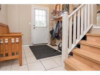 Photo 3: 5064 208th Street in Langley: Langley City House for sale : MLS®# R2058495