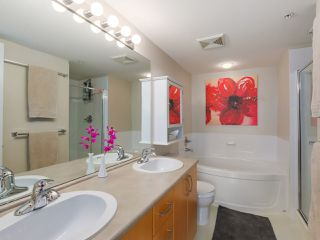 Photo 14: 103 200 KLAHANIE DRIVE in Port Moody: Port Moody Centre Condo for sale : MLS®# R2040361