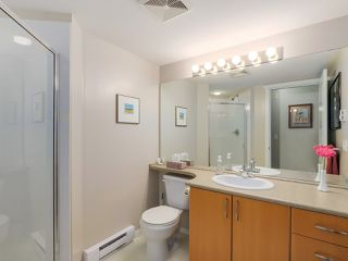 Photo 16: 103 200 KLAHANIE DRIVE in Port Moody: Port Moody Centre Condo for sale : MLS®# R2040361