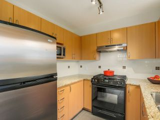 Photo 9: 103 200 KLAHANIE DRIVE in Port Moody: Port Moody Centre Condo for sale : MLS®# R2040361