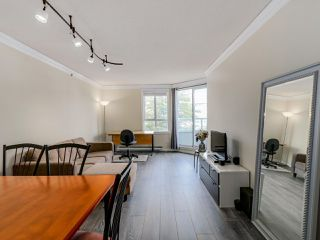 Photo 3: 407 3455 ASCOT PLACE in Vancouver: Collingwood VE Condo for sale (Vancouver East)  : MLS®# R2077334
