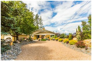 Photo 2: 1943 Eagle Bay Road: Blind Bay House for sale (Shuswap Lake)  : MLS®# 10121872