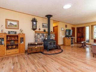 Photo 4: 4372 TELEGRAPH ROAD in COBBLE HILL: Z3 Cobble Hill House for sale (Zone 3 - Duncan)  : MLS®# 453755