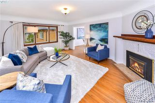 Photo 4: 2851 Colquitz Avenue in VICTORIA: SW Gorge Single Family Detached for sale (Saanich West)  : MLS®# 415801