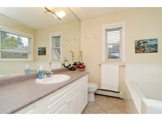Photo 10: 1420 129B ST in Surrey: Crescent Bch Ocean Pk. House for sale (South Surrey White Rock)  : MLS®# F1436054