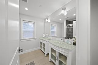 "Photo 11: 20924 HUNTER Place in Maple Ridge: Southwest Maple Ridge House for sale in ""West Maple Ridge"" : MLS®# R2427239"