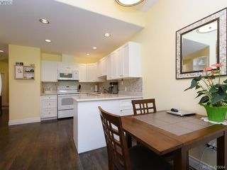 Photo 11: 95 530 Marsett Place in VICTORIA: SW Royal Oak Row/Townhouse for sale (Saanich West)  : MLS®# 420064