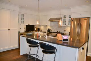 "Photo 5: 200 656 W 13TH Avenue in Vancouver: Fairview VW Condo for sale in ""CHEZ NOUS"" (Vancouver West)  : MLS®# R2433312"