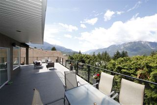 Photo 19: 1007 TOBERMORY Way in Squamish: Garibaldi Highlands House for sale : MLS®# R2454596
