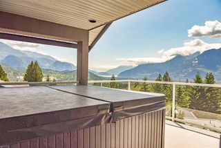 Photo 18: 1007 TOBERMORY Way in Squamish: Garibaldi Highlands House for sale : MLS®# R2454596