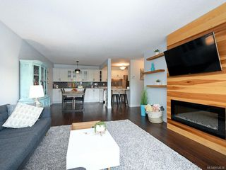 Photo 4: 205 360 Dallas Rd in : Vi James Bay Condo Apartment for sale (Victoria)  : MLS®# 854638