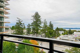 "Photo 19: 405 1420 JOHNSTON Road: White Rock Condo for sale in ""Saltaire"" (South Surrey White Rock)  : MLS®# R2505257"
