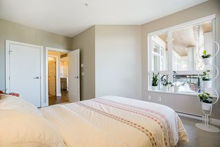 "Photo 14: 405 1420 JOHNSTON Road: White Rock Condo for sale in ""Saltaire"" (South Surrey White Rock)  : MLS®# R2505257"