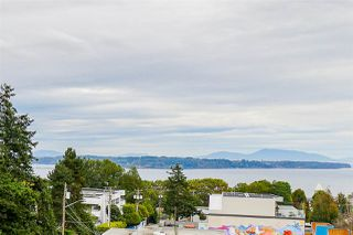 "Photo 2: 405 1420 JOHNSTON Road: White Rock Condo for sale in ""Saltaire"" (South Surrey White Rock)  : MLS®# R2505257"
