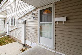 Photo 3: 7B CASTLE Terrace in Edmonton: Zone 27 Townhouse for sale : MLS®# E4221093