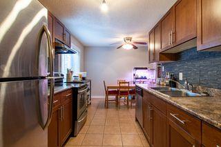 Photo 5: 7B CASTLE Terrace in Edmonton: Zone 27 Townhouse for sale : MLS®# E4221093