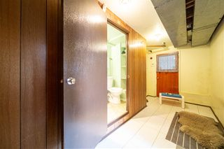 Photo 19: 1429 SMITH Avenue in Coquitlam: Central Coquitlam House for sale : MLS®# R2528367