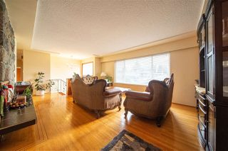 Photo 6: 1429 SMITH Avenue in Coquitlam: Central Coquitlam House for sale : MLS®# R2528367