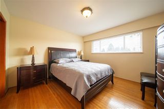 Photo 15: 1429 SMITH Avenue in Coquitlam: Central Coquitlam House for sale : MLS®# R2528367