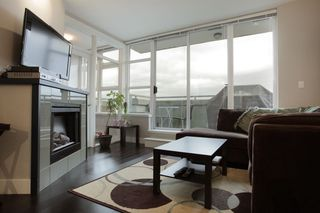 "Photo 3: 310 298 E 11TH Avenue in Vancouver: Mount Pleasant VE Condo for sale in ""Sophia/Mount Pleasant"" (Vancouver East)  : MLS®# V936963"